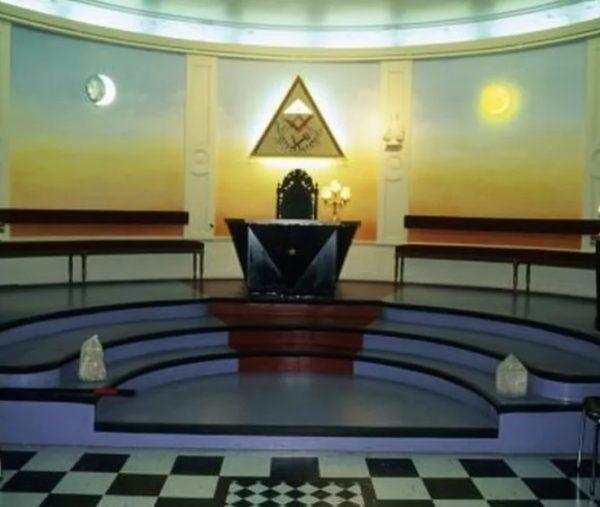 масонский храм